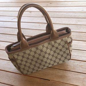 ☀️Vintage Guess Handbag